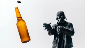 Darth Vader: Bier holen mal anders ©Pawel Kadysz