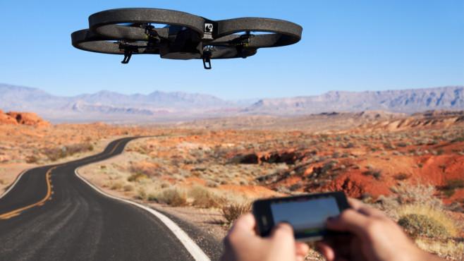 Parrot AR.Drone 2.0 ©Parrot Inc.