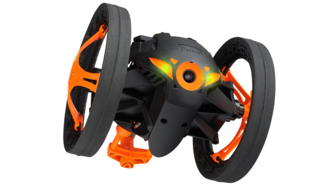 Parrot Jumping Sumo ©Parrot Inc.