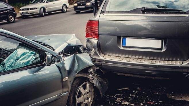 Kfz-Versicherung: Schadenfreiheitsklasse trotz Unfalls retten ©Fxquadro � Fotolia.com