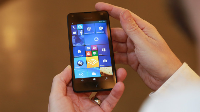 Lumia 550: Preisbrecher-Handy mit Windows 10 © Microsoft, COMPUTER BILD