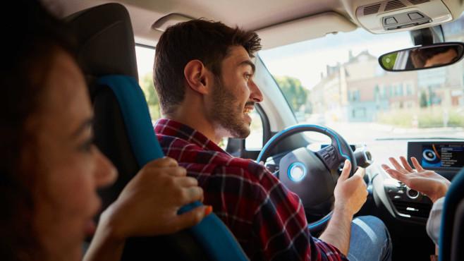 BlaBlaCar-Kunden in Auto ©BlaBlaCar