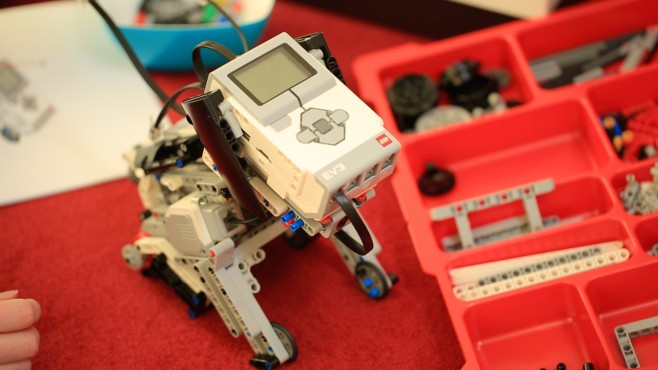 Lego Mindstorms EV3 Education © Lego, COMPUTER BILD