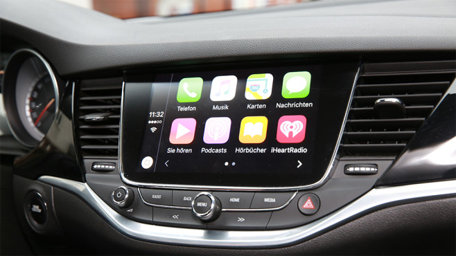 Apple CarPlay im Opel Astra © COMPUTER BILD