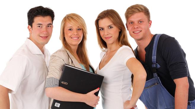 Berufswahl von vier jungen Menschen ©ehrenberg-bilder - Fotolia.com