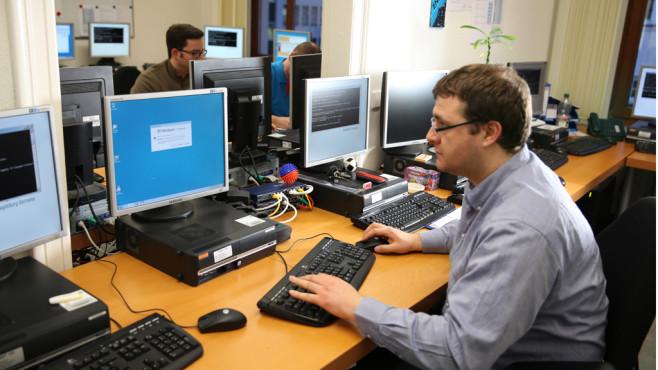 Neue Gefahren aus dem Social Net ©Uli-B - Fotolia.com
