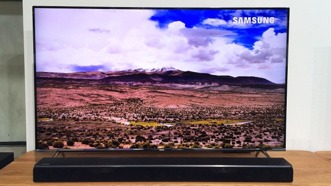 samsung ks7090 fernseher mit suhd audio video foto bild. Black Bedroom Furniture Sets. Home Design Ideas