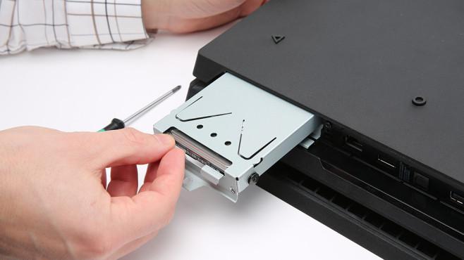 PS4 Pro Festplatte ©COMPUTER BILD