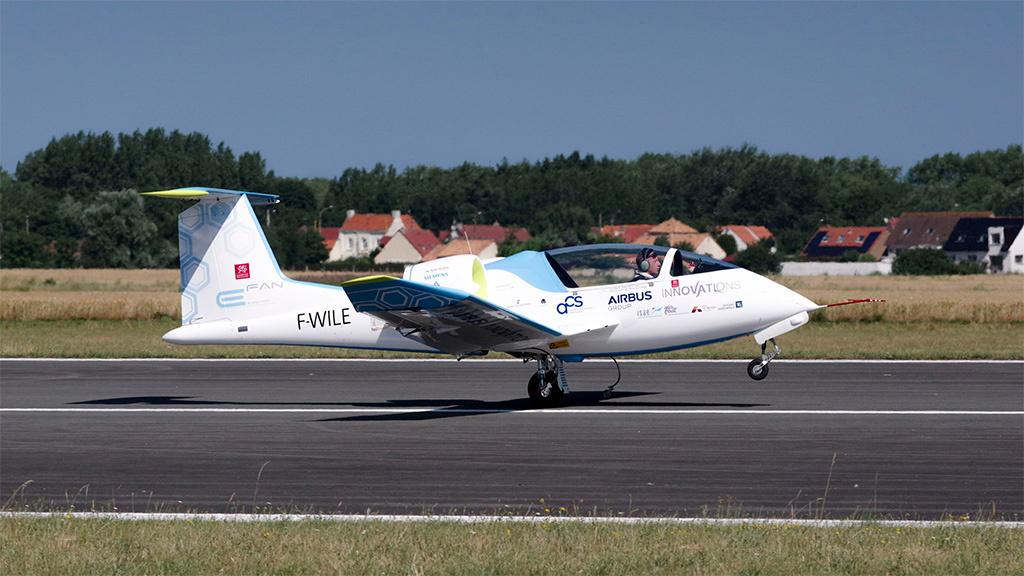 Erfreut Flugzeug Sicherheitsdraht Spannschlösser Technik Galerie ...