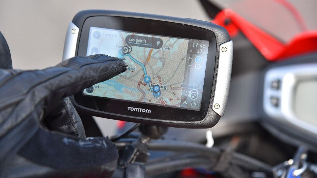 motorrad navi tomtom rider 410 im detail bilder. Black Bedroom Furniture Sets. Home Design Ideas