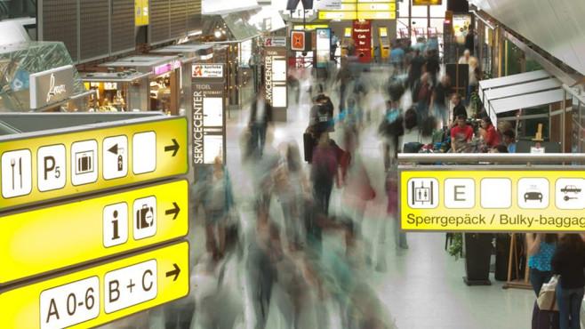 EU reformiert Datenschutz und beschließt Fluggastdaten-Speicherung ©dpa Bildfunk