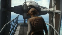Jyn Erso vor Tie-Fighter © Disney