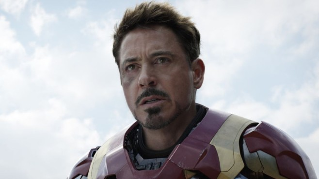 Tony Stark (Robert Downey Jr.) © Disney