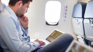 WLAN im Flugzeug ©kasto � Fotolia.com