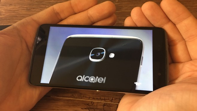 Alcatel Idol 4: Blackberry-Zwilling in Bildern © COMPUTER BILD