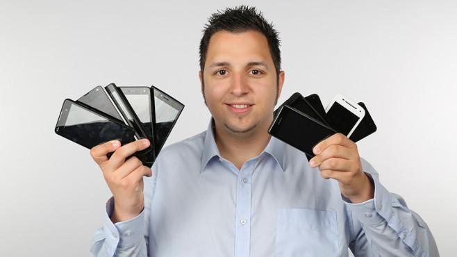 Zehn preiswerte Smartphones im Test: Wie gut ist billig wirklich? Billig-Smartphones: Schrott oder für den kleinen Geldbeutel eine günstige Alternative? COMPUTER BILD macht den Test! ©COMPUTER BILD