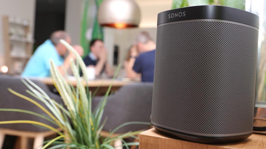 smart home musik im vernetzen apartment computer bild. Black Bedroom Furniture Sets. Home Design Ideas