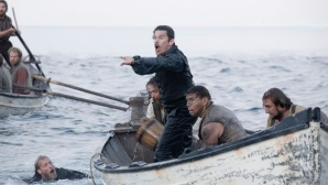 Ethan Hawke im Boot ©Tele 5