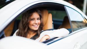 Gebrauchtwagen: Sparen bei Autokauf, Kfz-Versicherung und Tanken ©Minerva Studio � Fotolia.com