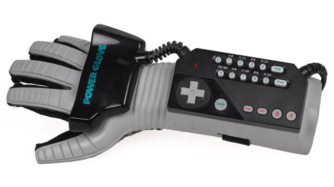 Power Glove © Nintendo