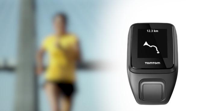TomTom zeigt neue Sportuhren � und ein Fitnessband mit K�rperfett-Sensor Der eigene Standort auf der vorgegebenen Route wird auf der Sportuhr angezeigt. ©TomTom