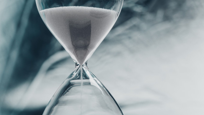 Autostarts sofort ausführen © Fotolia--fotofabrika-Hourglass, concept of time