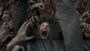 Zombies belagern Mann auf Lkw ©AMC/Fox