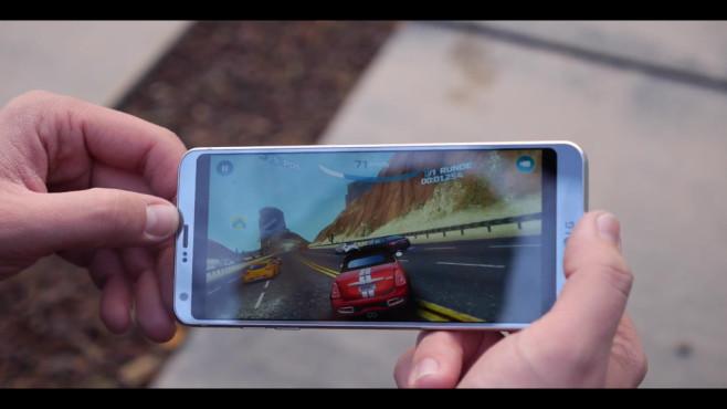 LG G6 im Praxis-Test: Rennspiele ©COMPUTER BILD