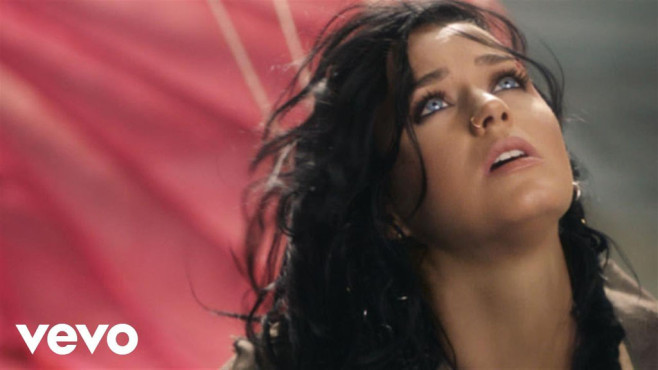 Katy Perry – Rise © Katy Perry