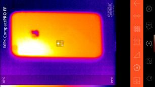 abgestürztes iPhone im Wärmebild ©COMPUTER BILD