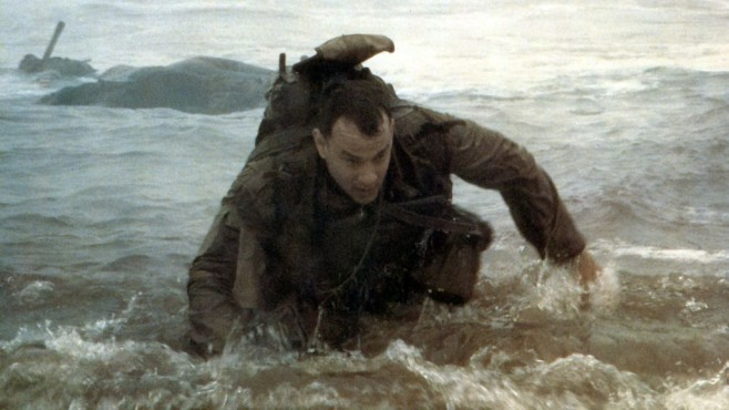 Tom Hanks klettert an den Strand © United International Pictures
