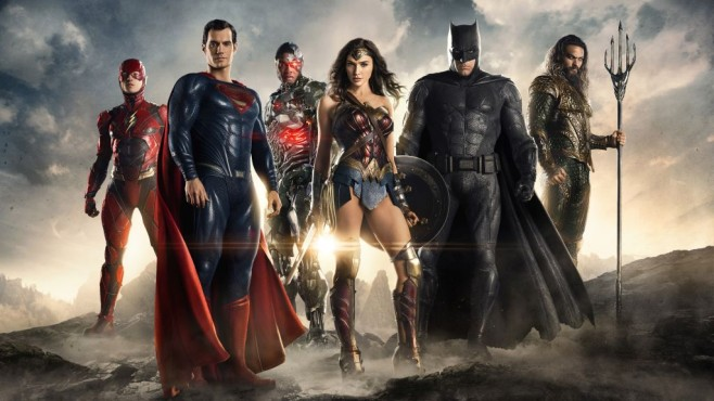 Justice League in Pose © Warner Bros