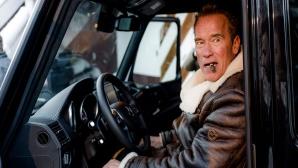 Arnold Schwarzenegger im elektrischen Gel�ndewagen von Kreisel Electric ©Kreisel Electric