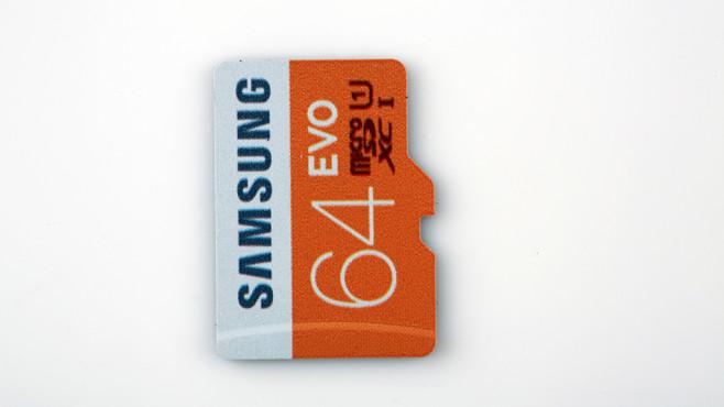 Samsung EVO microSDXC 64GB UHS-I U1 (MB-MP64DA) ©COMPUTER BILD