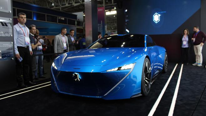 Prototyp-Fahrzeug von Peugeot ©COMPUTER BILD