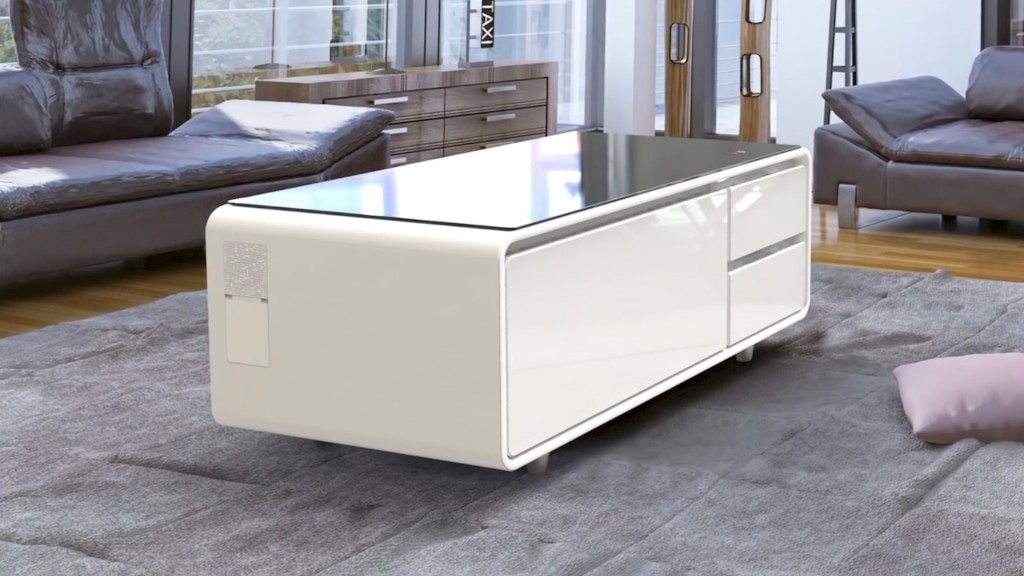 couchtisch k hlschrank energiemakeovernop. Black Bedroom Furniture Sets. Home Design Ideas