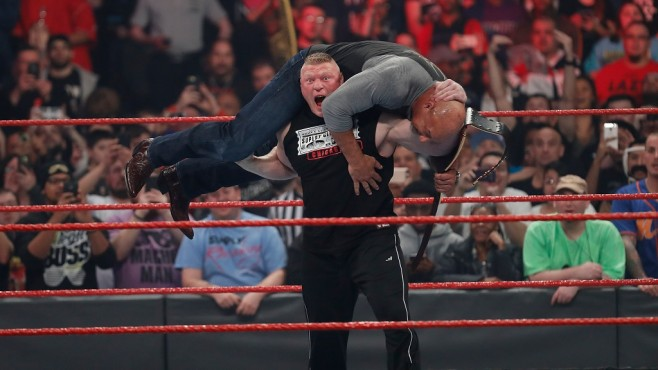Lesnar vs. Goldberg © WWE