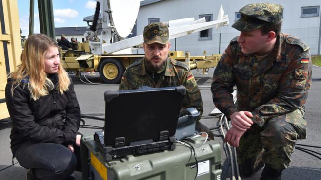 Bundeswehr-Hacker ©dpa Bildfunk