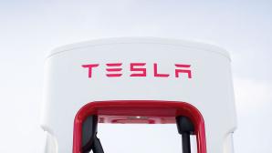 Tesla Supercharger ©Tesla