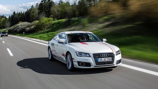 Audi: Hersteller testet autonome Autos in New York Schon ab Mitte Juni rollen selbstfahrende Audi A7 über die Straßen des US-Bundesstaats New York. ©Audi