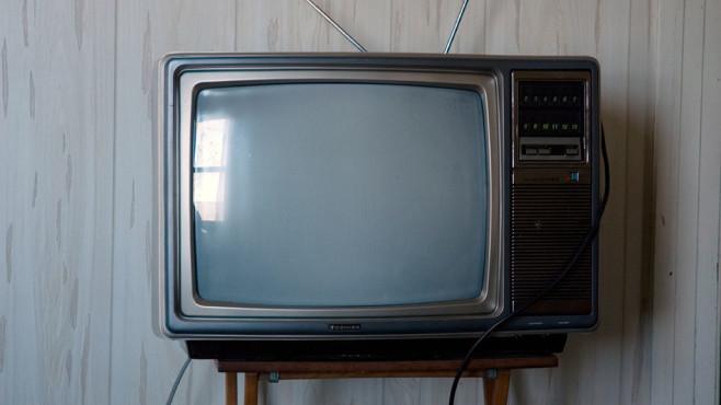 Neue SatCab-Verordnung: EU fordert Fernsehprogramm auf allen Geräten Gibt es lineares Fernsehen bald immer und überall auf jedem verfügbaren Endgerät? ©Flickr/Fotograf: dailyinvention