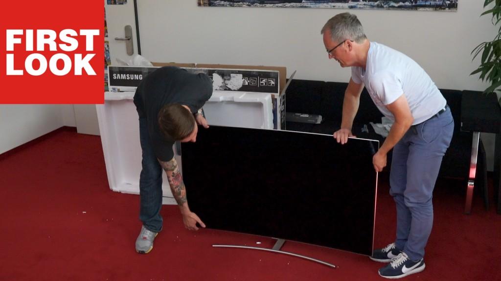 ausgepackt 55 zoll tv samsung qled curved audio video. Black Bedroom Furniture Sets. Home Design Ideas