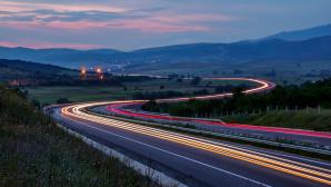 Highway mit Langzeitbelichtung ©pixabay