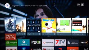 Sony Bravia XE85 im Test: Smart und farbenfroh Das Android-Home-Menu ist auf dem Sony-Fernseher etwas wirr: Es dominieren nervige Empfehlungen, die Sprachsuche hilft wenig. ©COMPUTER BILD