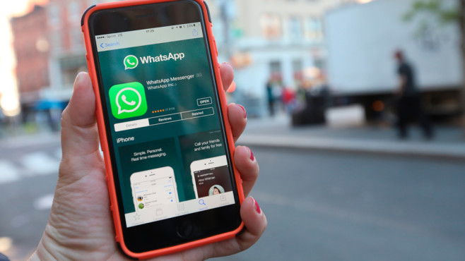 WhatsApp Messenger on Mobile © iStock.com/Brazil Photo Press / CON