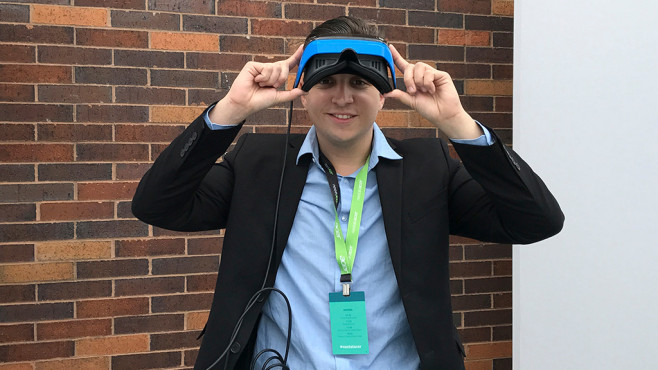 Acer Windows Mixed Reality HMD ©Acer