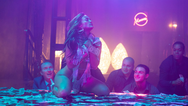Flim Hustlers mit Jennifer Lopez auf neu Amazon Prime Video © Amazon.com Inc.