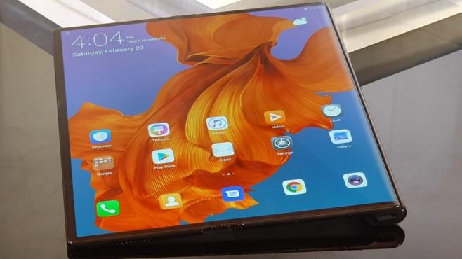 Huawei Mate X ausgeklappt: 8-Zoll-Bildschirm©COMPUTER BILD