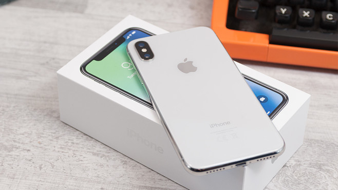 iPhone X © COMPUTER BILD