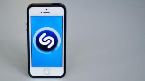 iPhone mit Shazam-Logo©dpa-Bildfunk